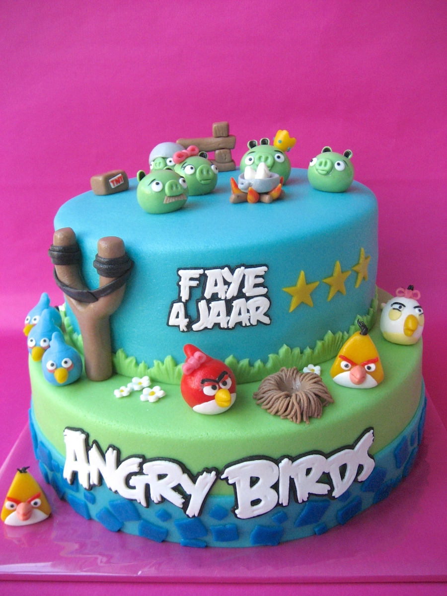 Girly Angry Birds on Cake Central