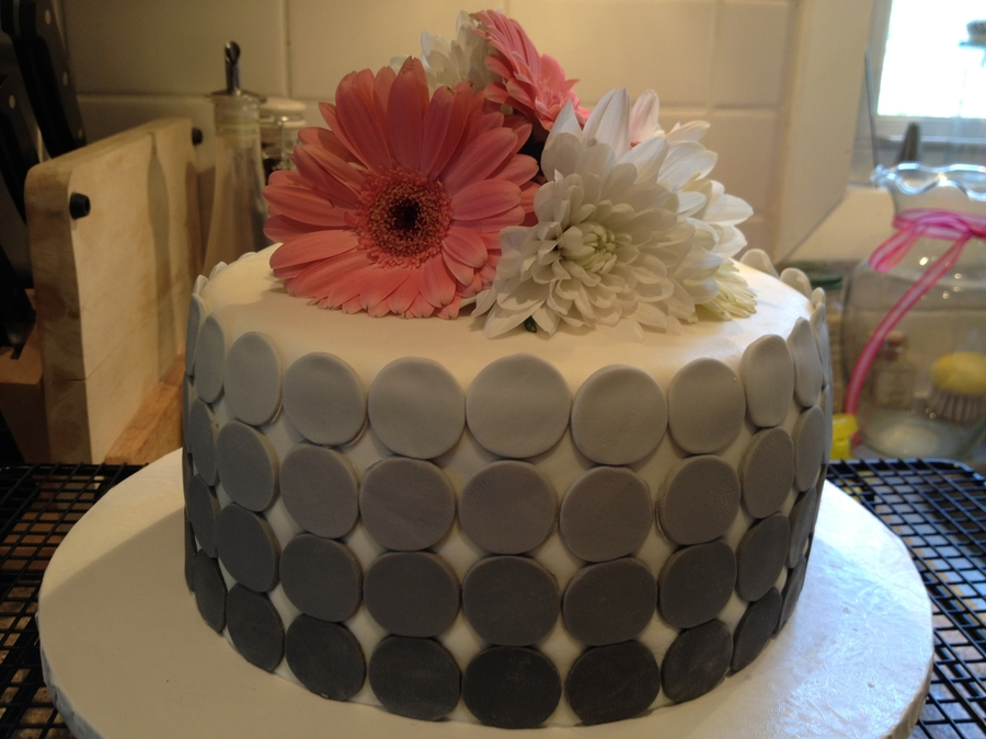 Ombre Dot Cake on Cake Central