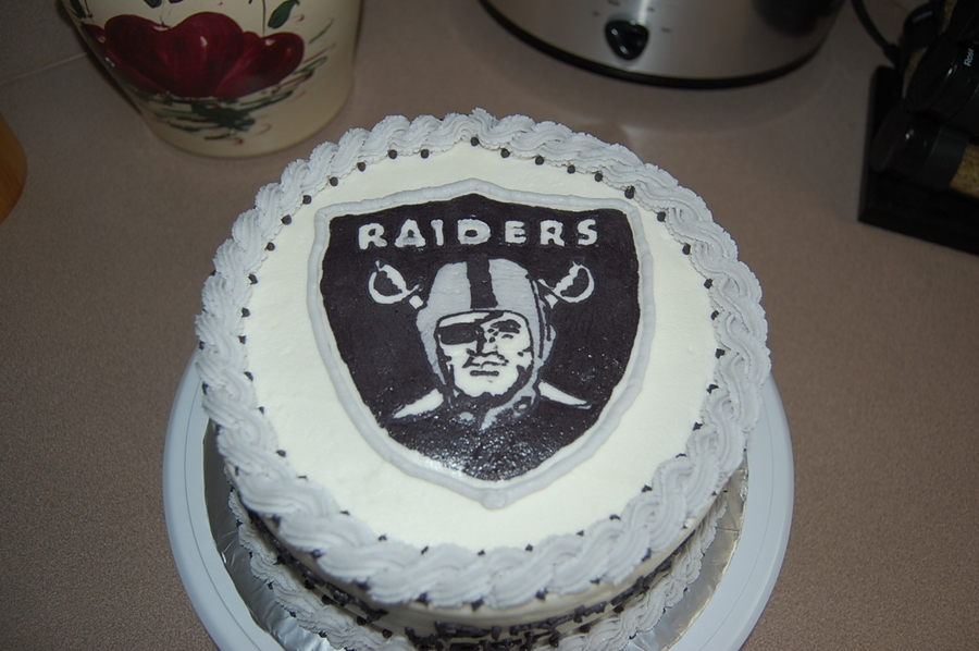 Outstanding Oakland Raiders Birthday Cake Cakecentral Com Funny Birthday Cards Online Inifofree Goldxyz