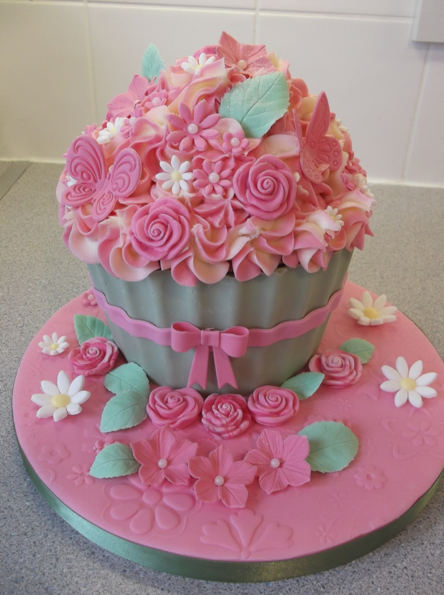 Giant Cupcake Birthday Cake Images