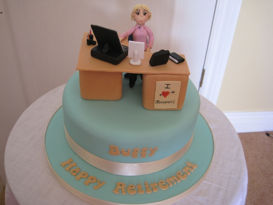Office desk retirement cake cakecentral com