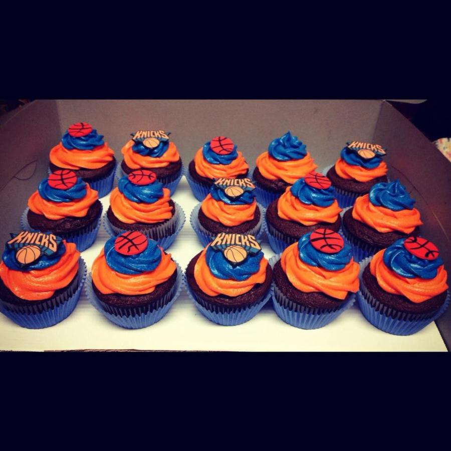 Knicks Cupcakes on Cake Central