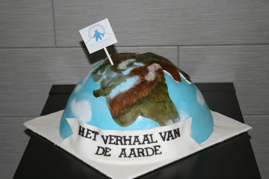 Earth Cake on Cake Central
