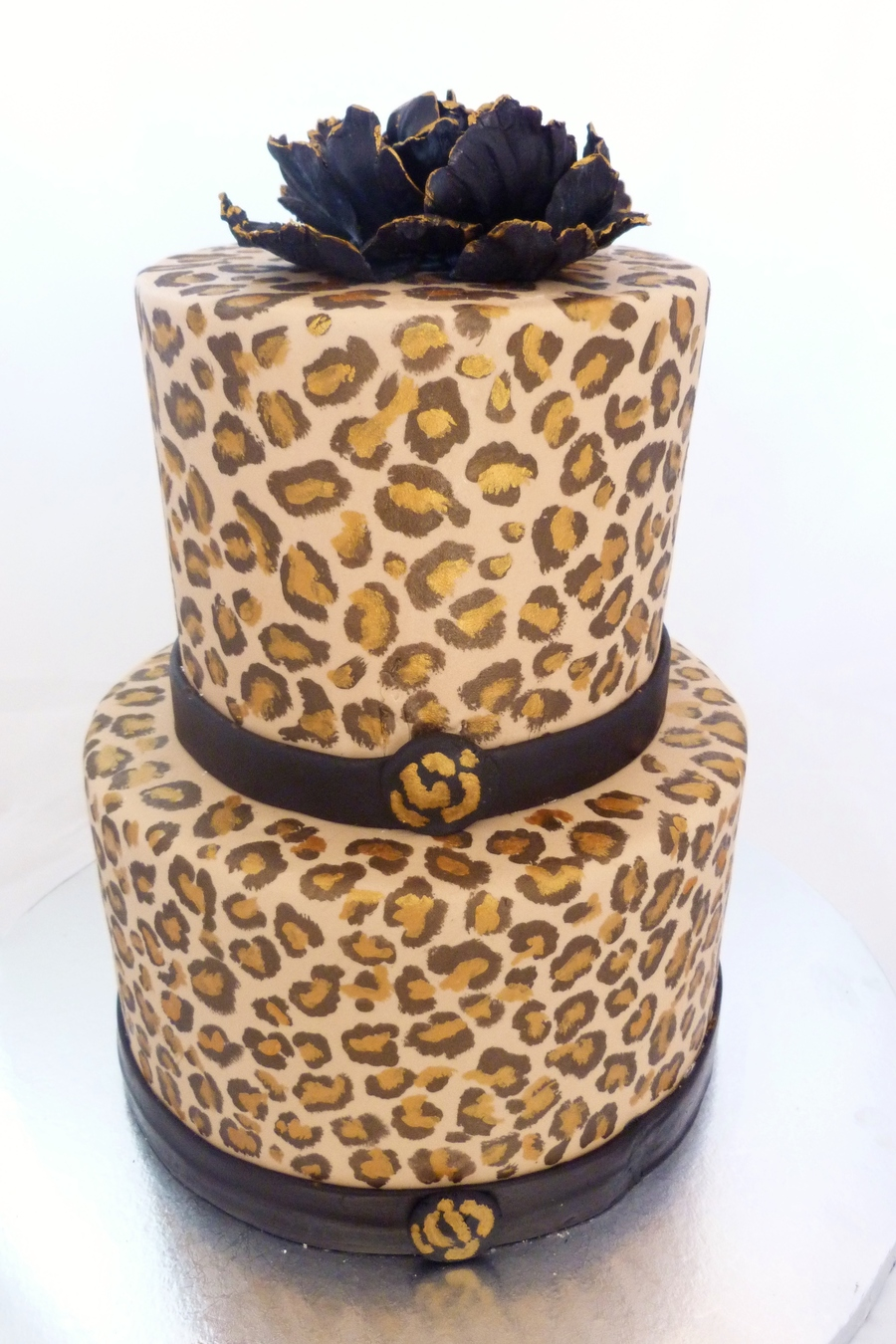 Handpainted cheetah print cake - Cheetah print centerpieces ...