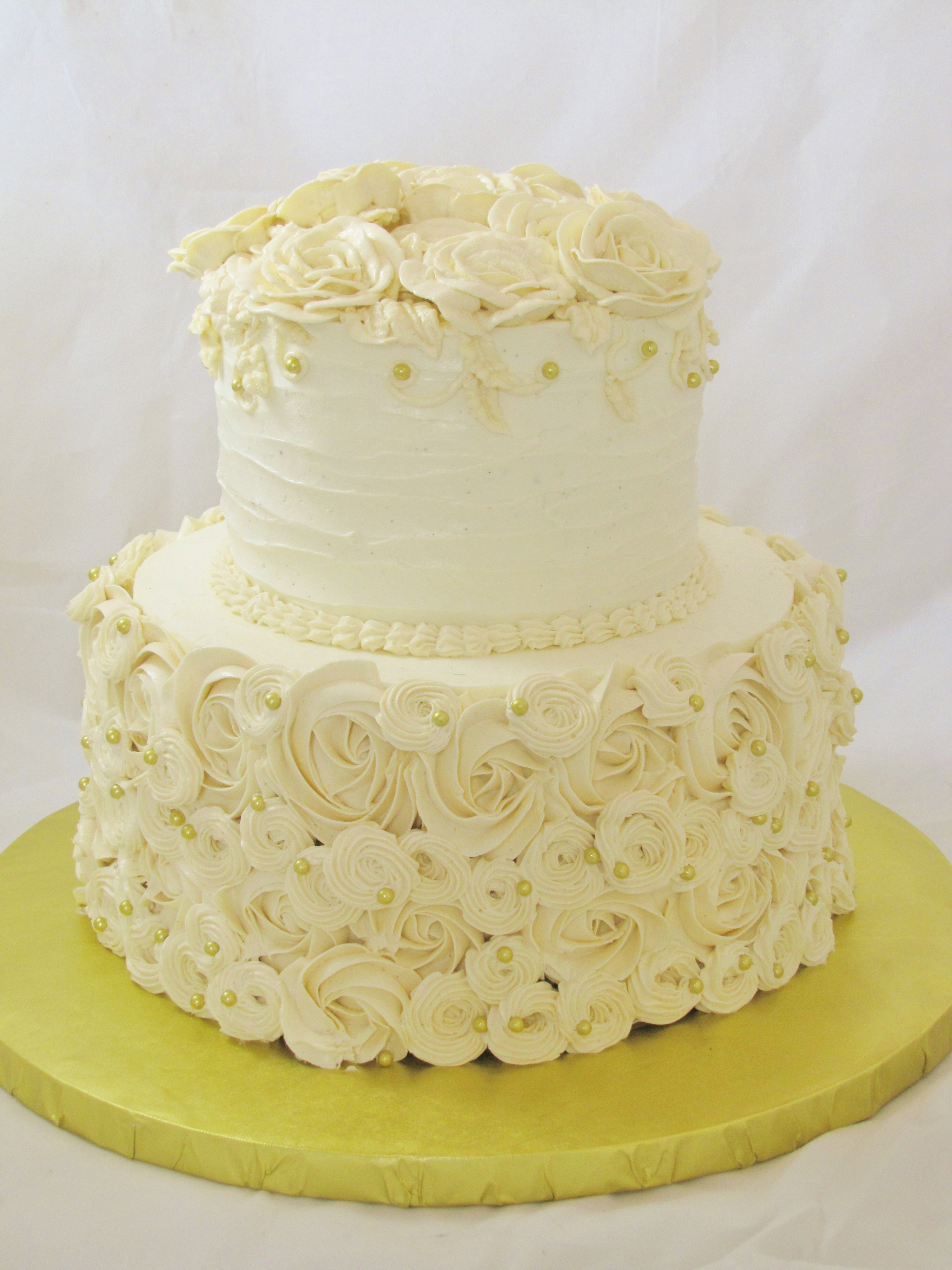 Images Of Round Wedding Cake : Round Piped Buttercream Wedding Cake - CakeCentral.com