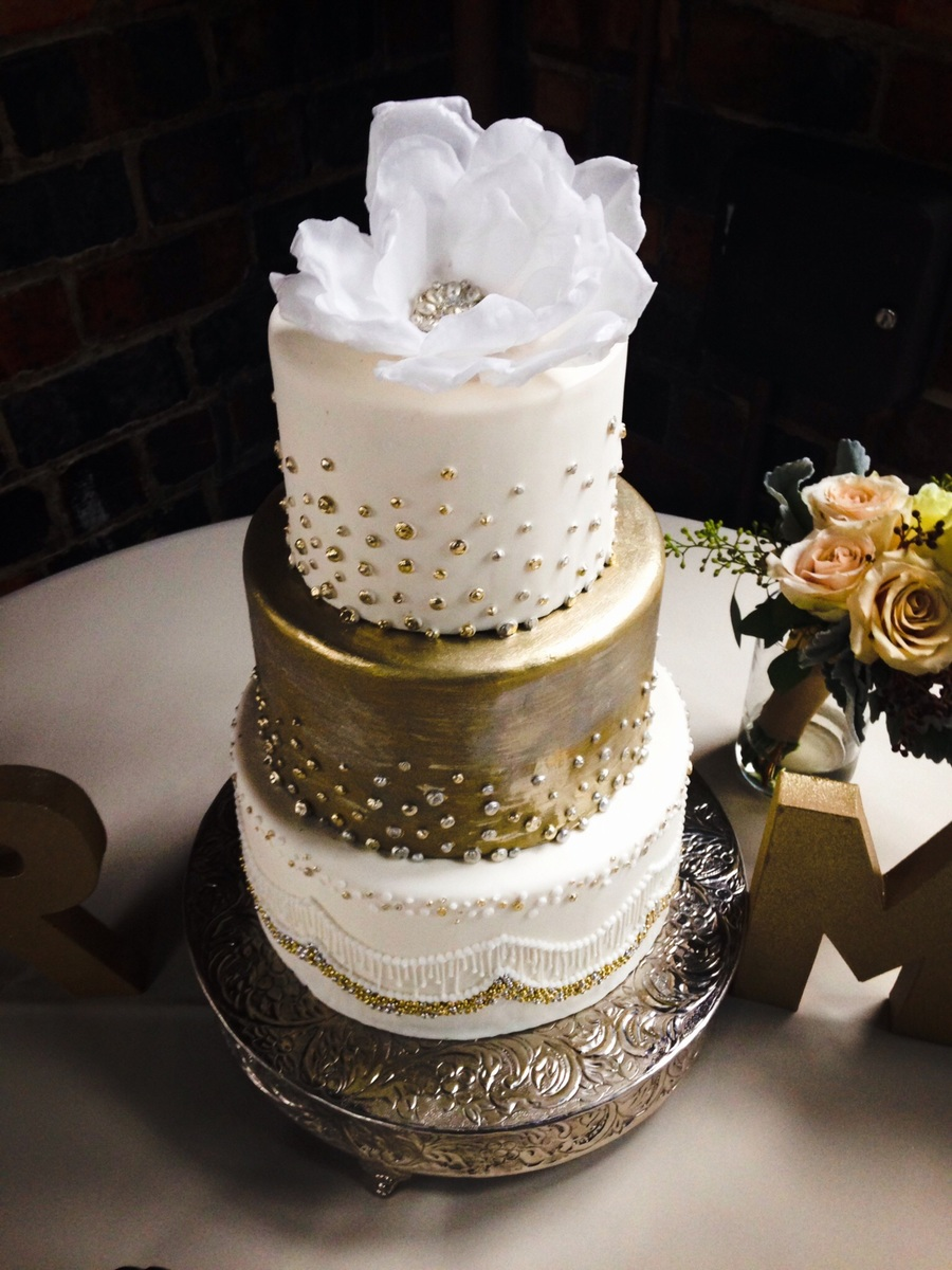 Gold Paint For Wedding Cakes