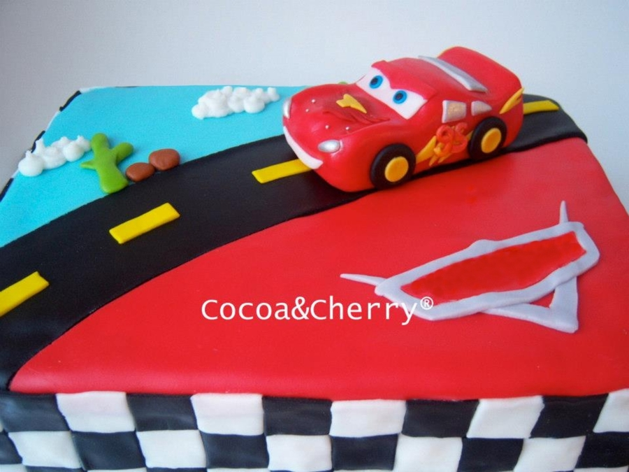 The original idea came from //sprinklebellecakes.blogspot.mx/2010/06/disney-cars-cake.html Vanilla cake filled with strawberries. Lightning McQueen was ... & Lightning Mcqueen Cake - CakeCentral.com azcodes.com