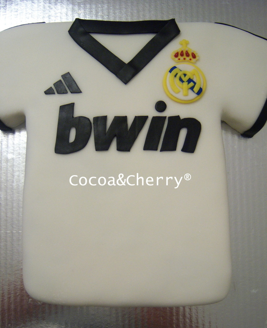 Real Madrid Shirt  on Cake Central