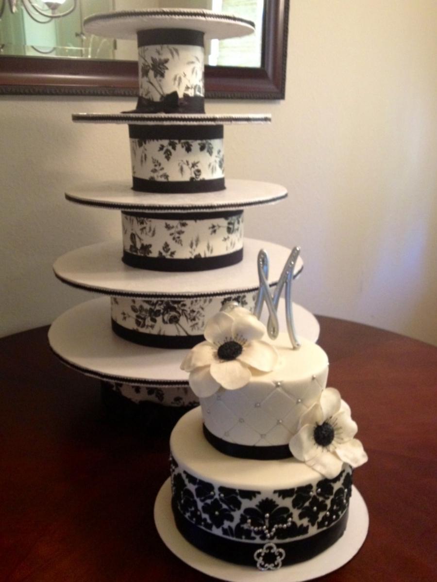 Diy Cupcake Tower/ Black & White Wedding Cake ...