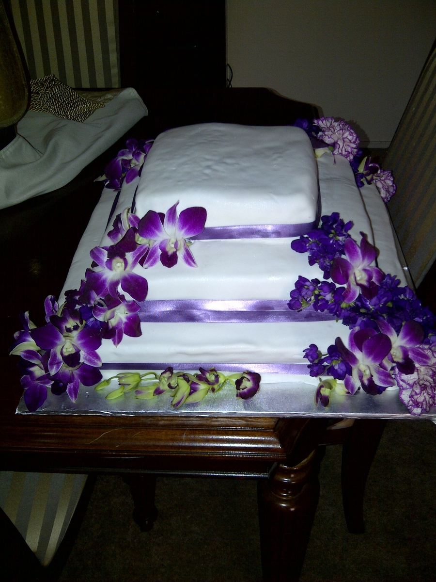 Square Purple With Ribbon on Cake Central