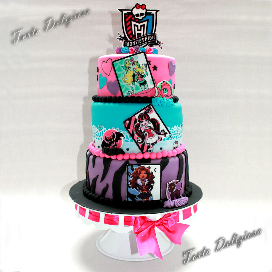 Incredible Monster High Birthday Cake Cakecentral Com Funny Birthday Cards Online Fluifree Goldxyz