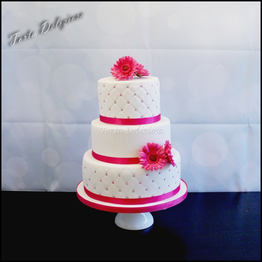 Wedding Cake With Pink Daisys And Chesterfield Patern Cakecentral Com