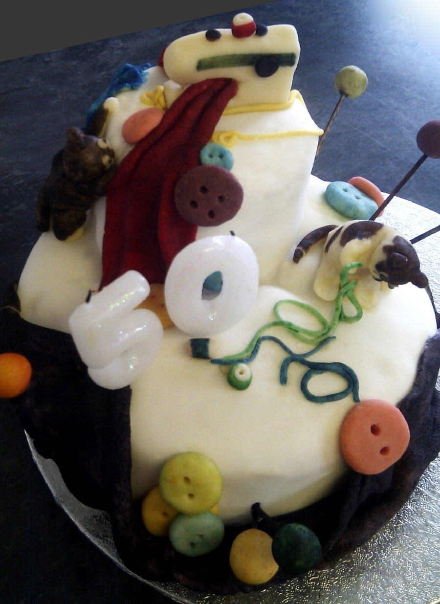 Sewing And Cats Cake on Cake Central