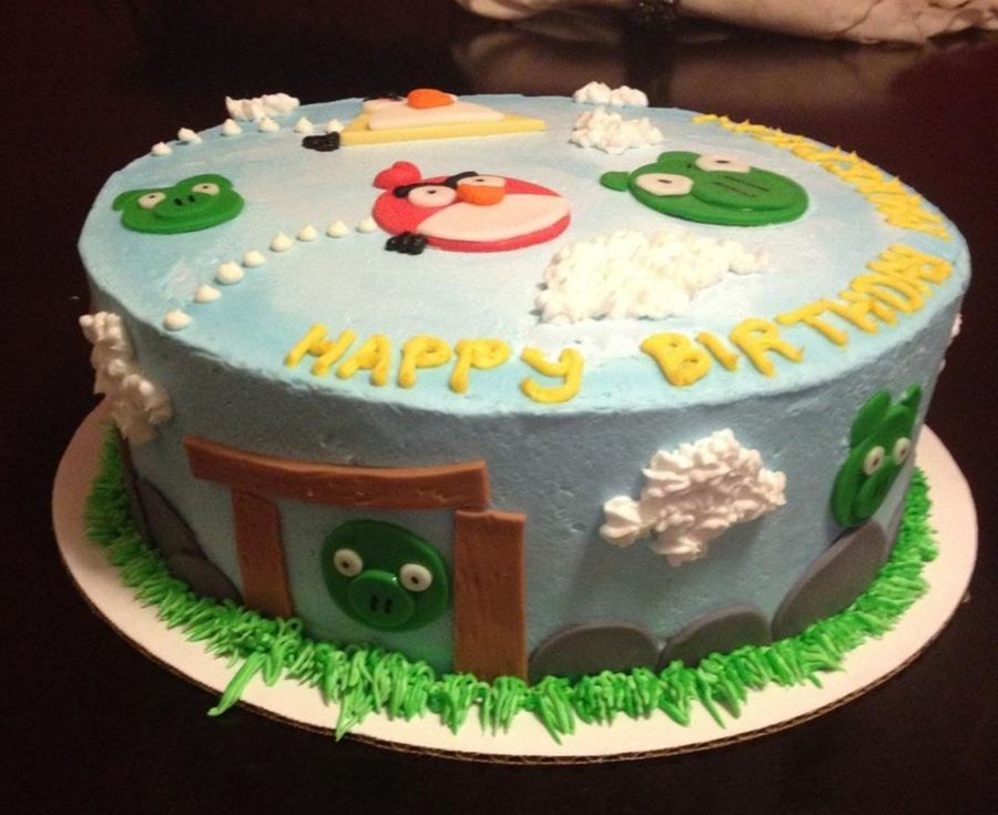 Cake Decorating Store Wichita Ks : Angry Birds Birthday Cake - CakeCentral.com