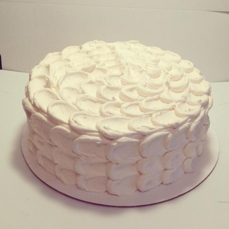 10 Round Cake With Buttercream Frosting Cakecentral Com