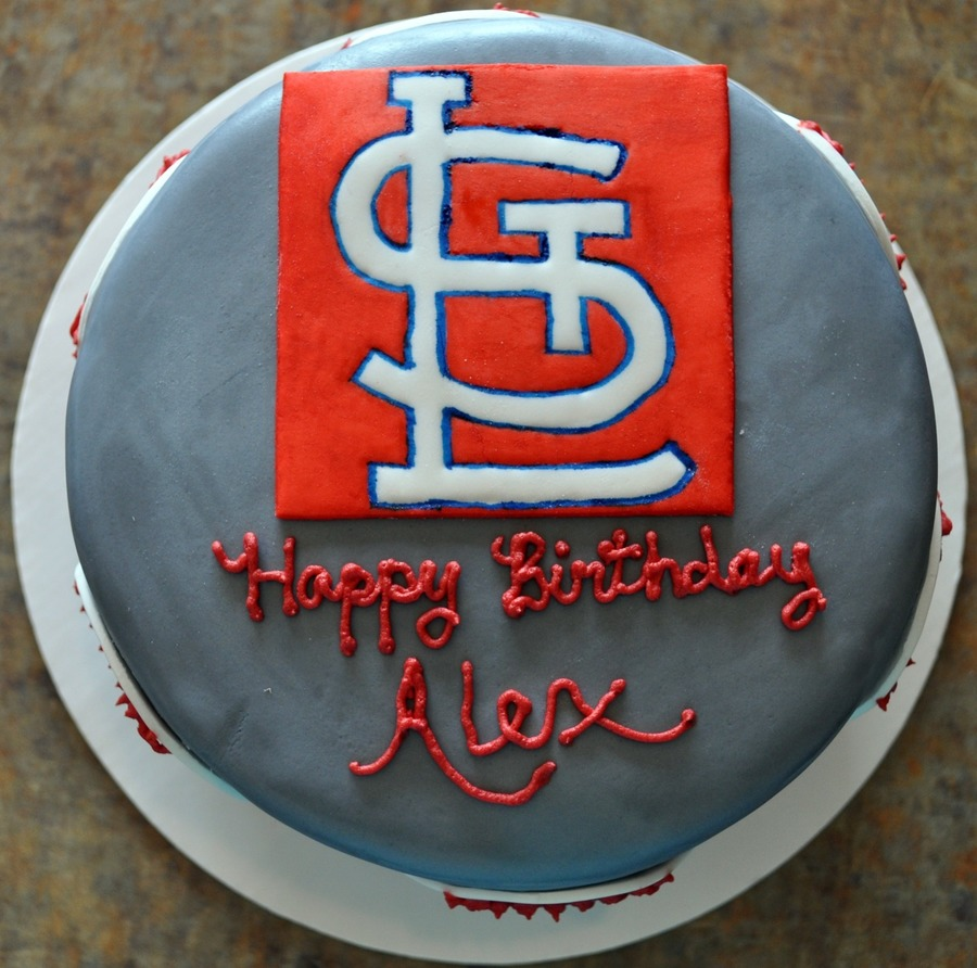 Cardinals Fan on Cake Central