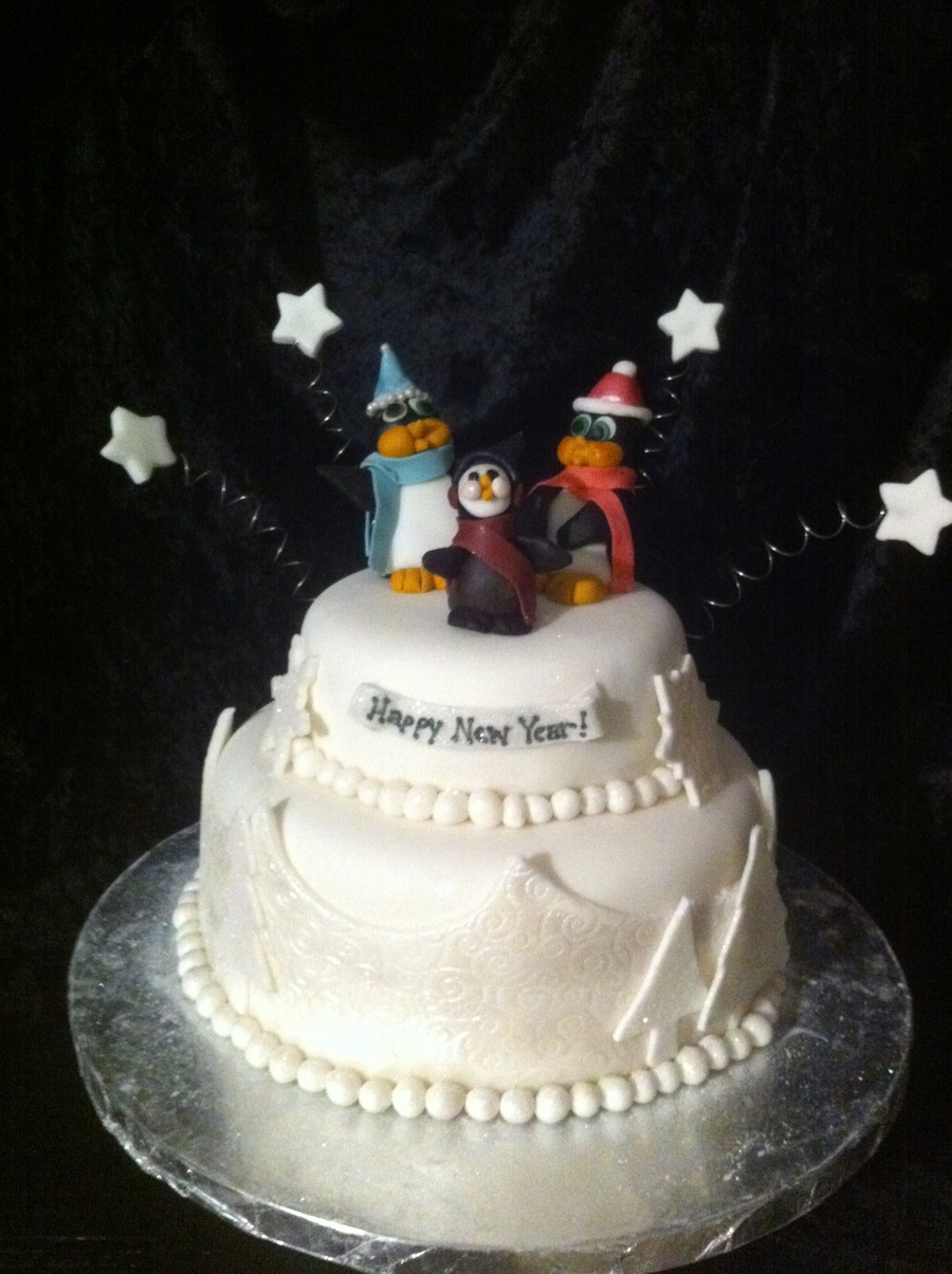 Penguin New Year on Cake Central