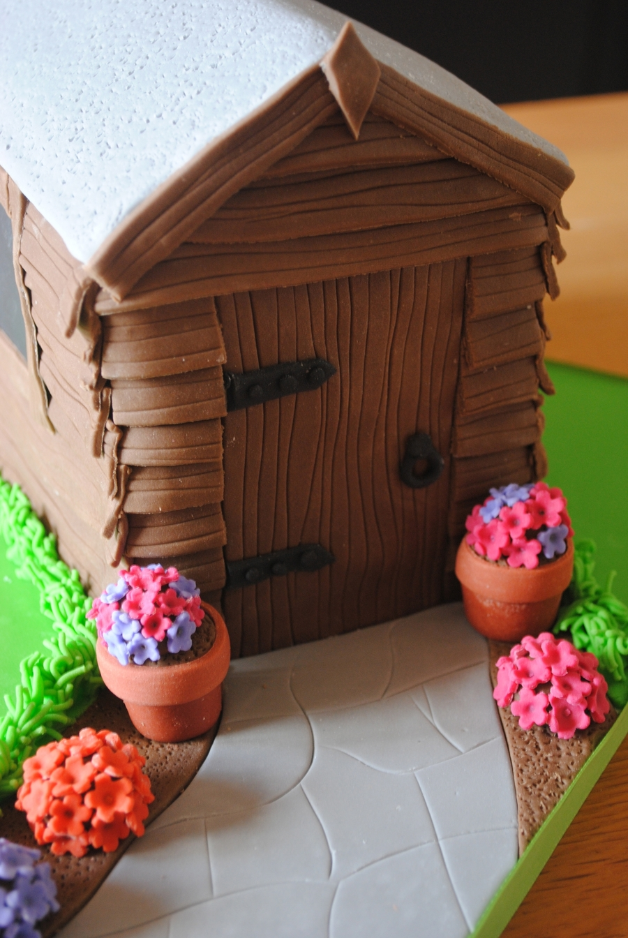 How To Make A Garden Shed Birthday Cake