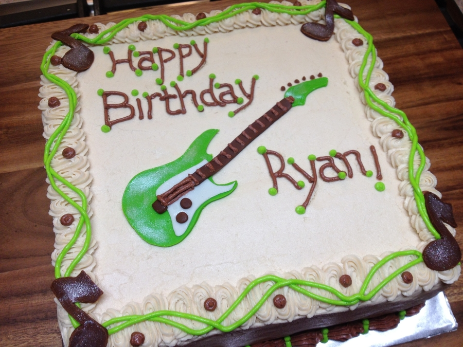 Enjoyable Guitar Birthday Cake Cakecentral Com Personalised Birthday Cards Akebfashionlily Jamesorg