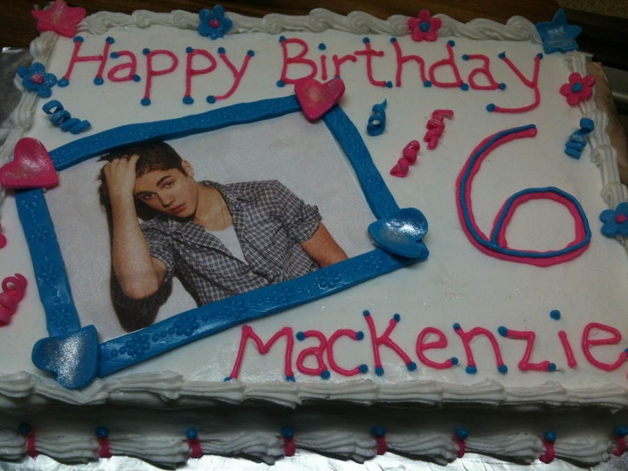 Bieber Birthday on Cake Central
