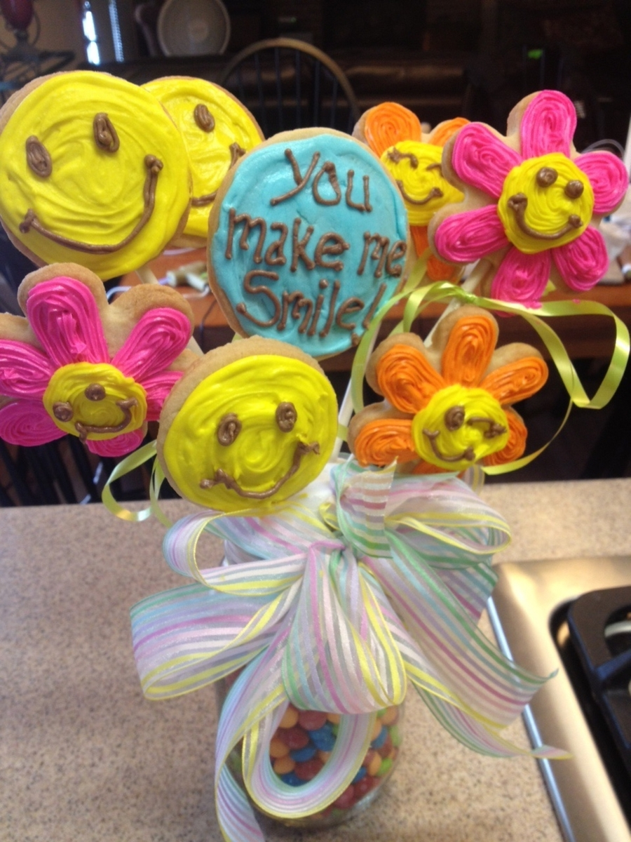 Smile Cookie Bouquet on Cake Central