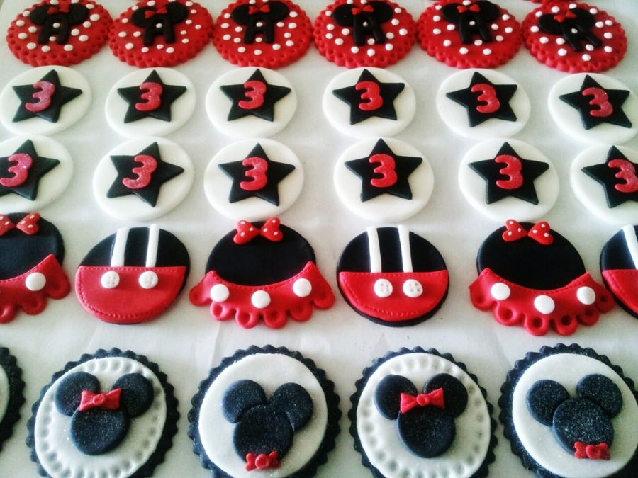 Minnie & Mickey Cupcake Toppers on Cake Central