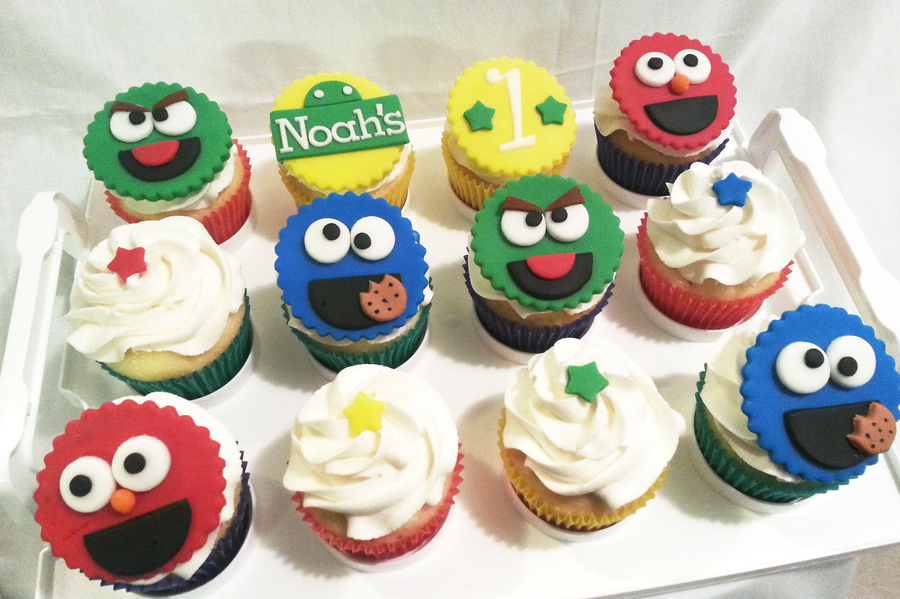 Sesame Street Inspired Cupcakes For My Baby Cousin Noahs 1St Birthday Design Inspiredcopied From Httpsugareduptopperscom on Cake Central