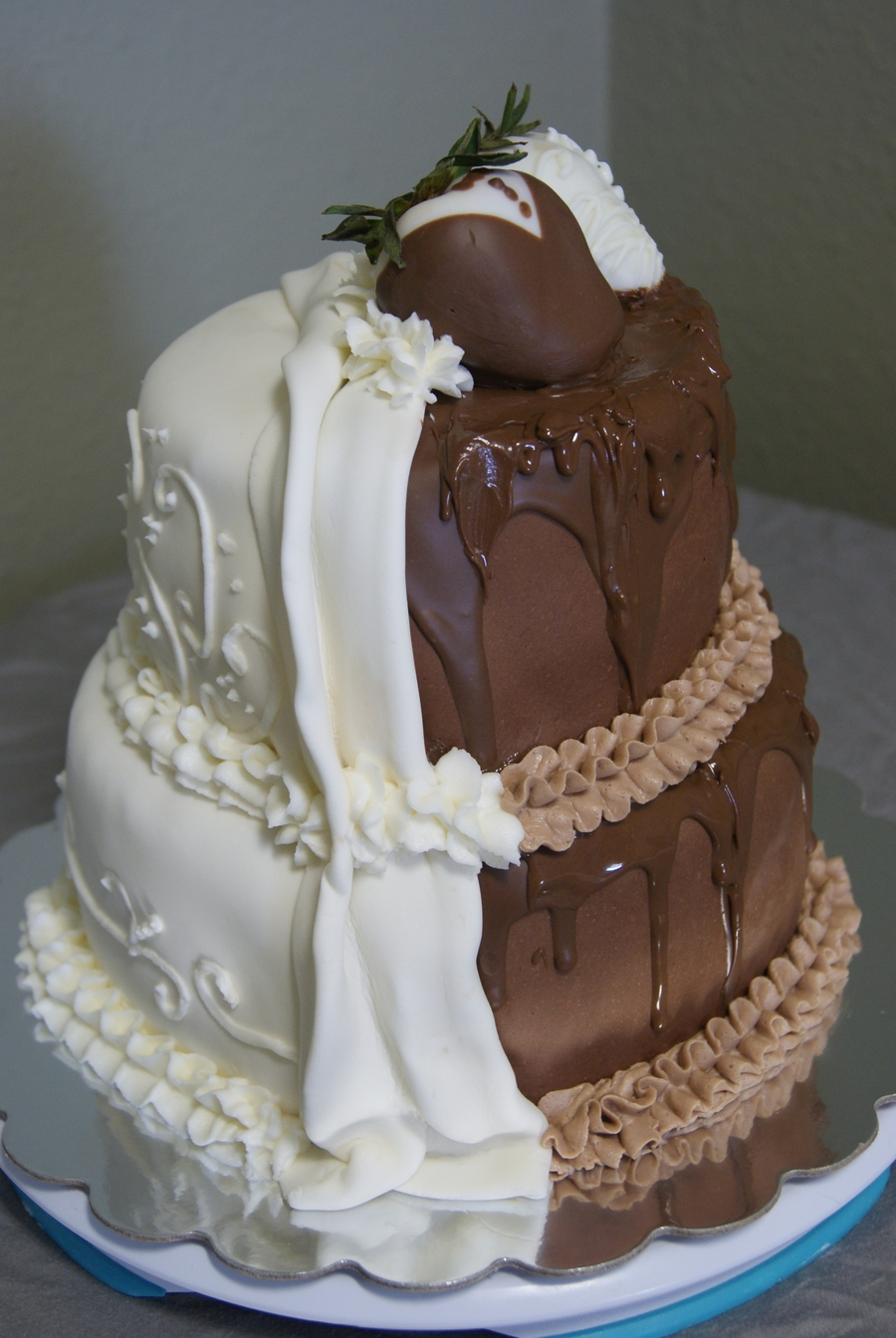 half and half wedding cake half and half wedding cake cakecentral 15039