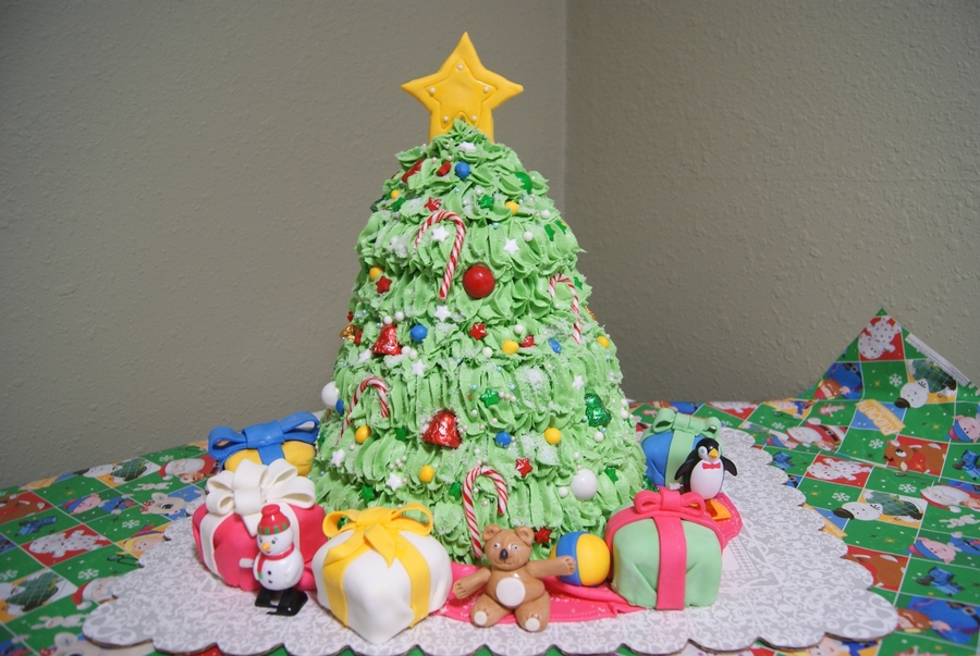 Christmas Tree Cake on Cake Central