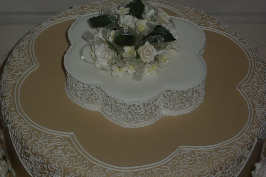 wedding cake royal icing designs wedding cake filigree royal icing cakecentral 23729