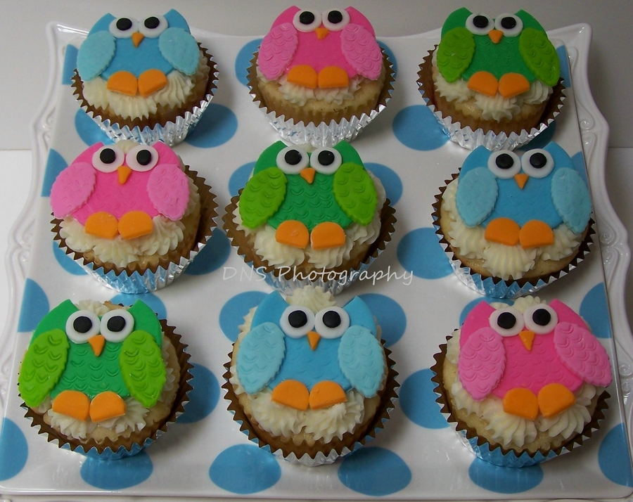 Sweet Little Baby Owls on Cake Central