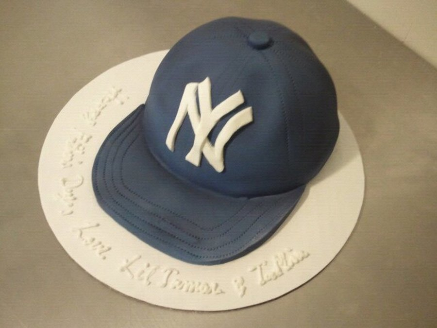 Ny Yankees Cap  on Cake Central