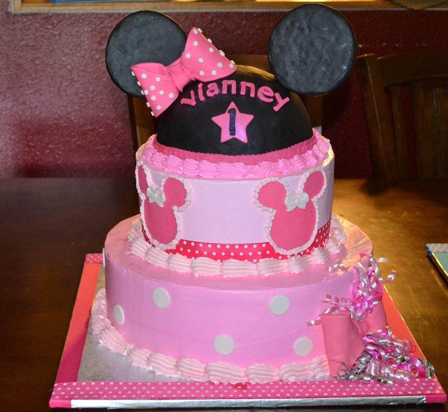 Minie Mouse Cake on Cake Central