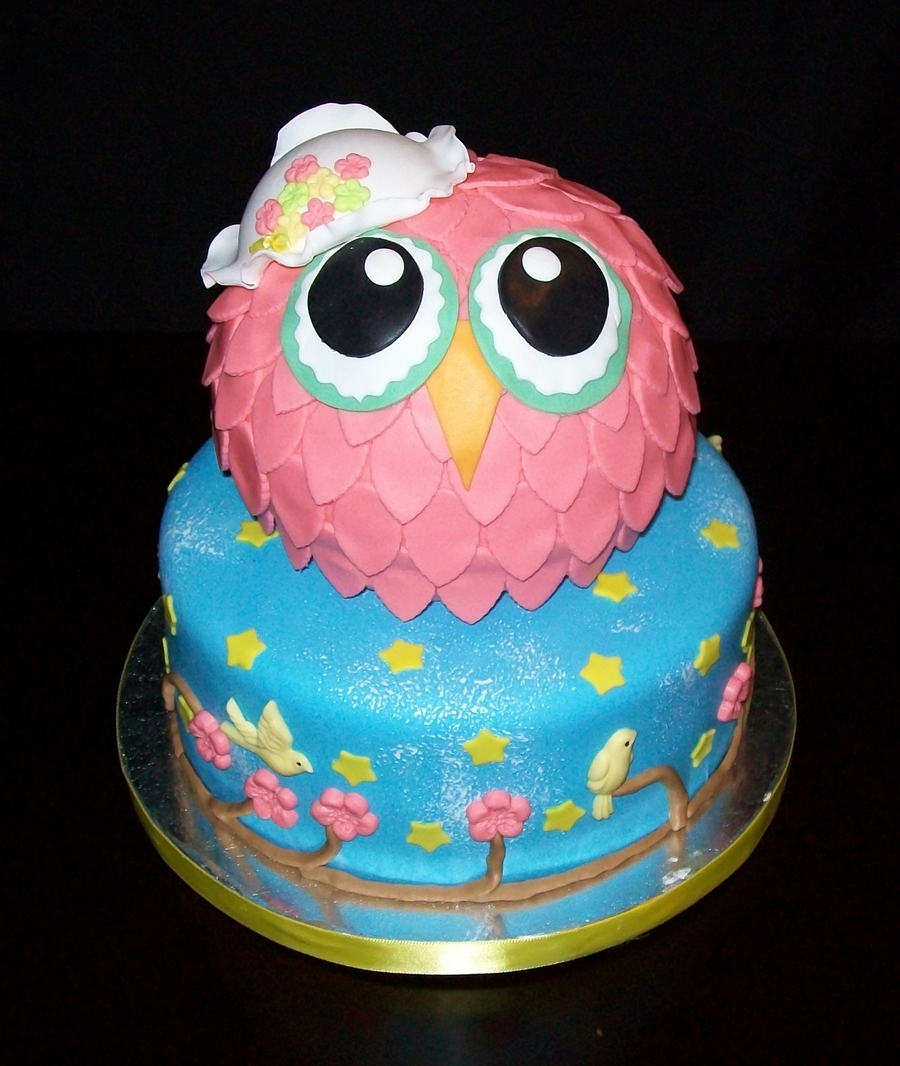 Miss Owl on Cake Central