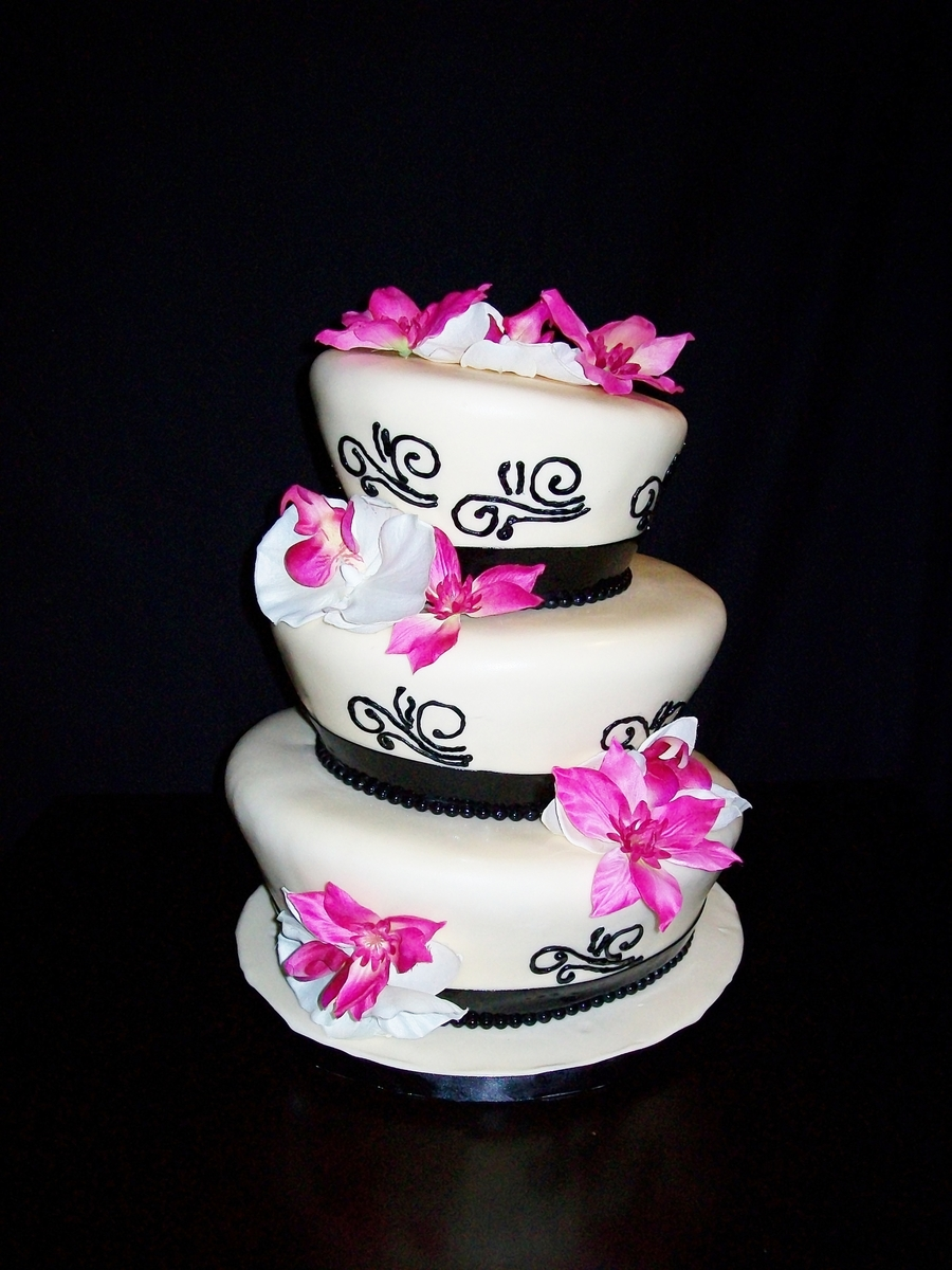 Pink/black Wedding on Cake Central