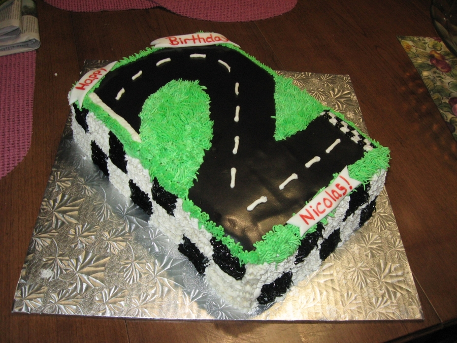 2Nd Bday Racetrack on Cake Central