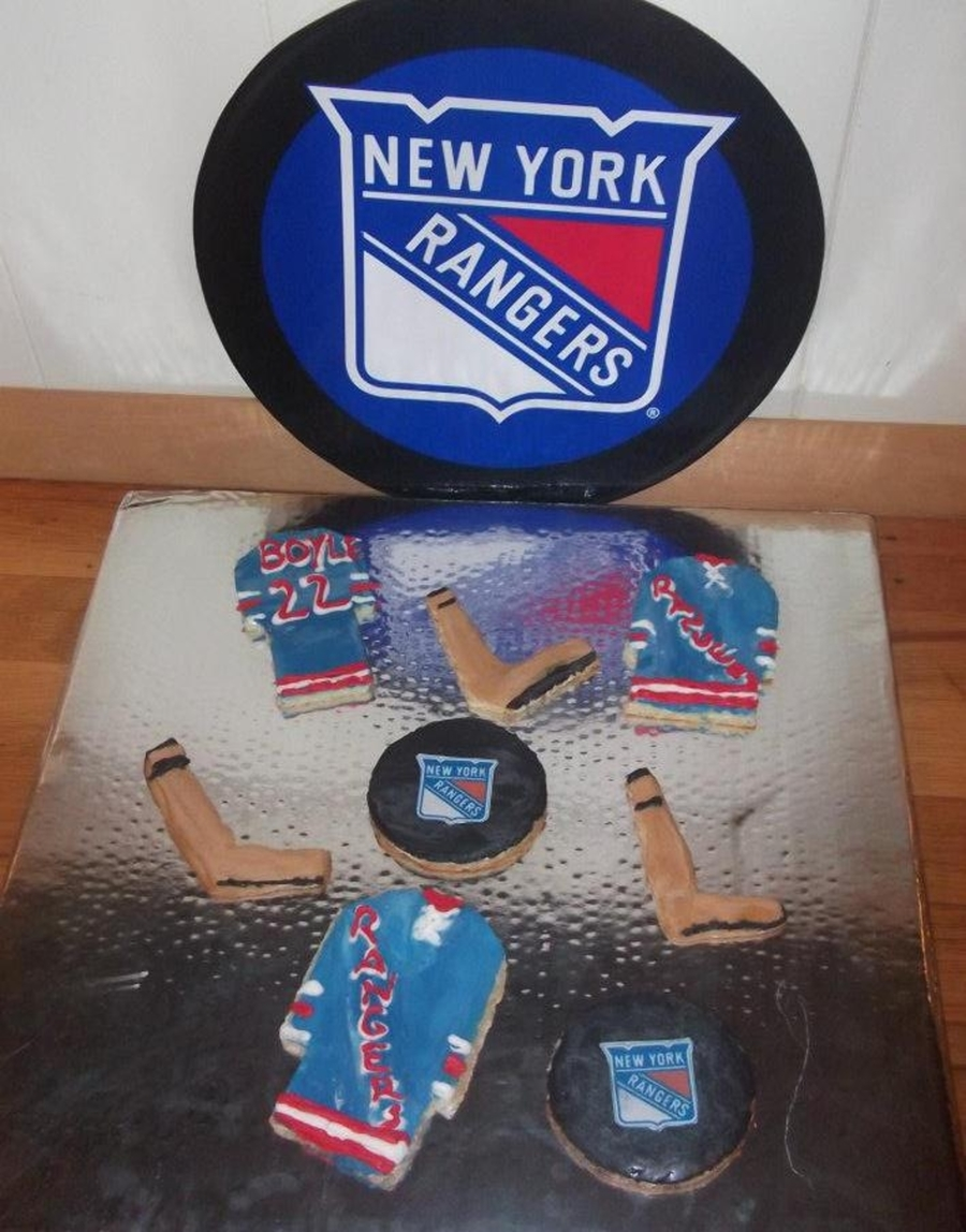 Ny Rangers Cookies  on Cake Central