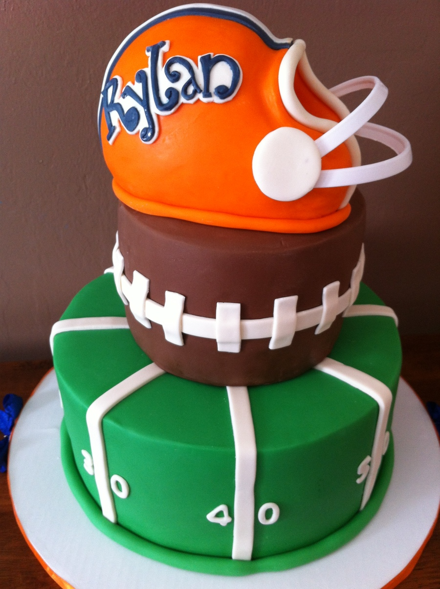 Cake Decorations Football Team : Football Birthday Cake - CakeCentral.com