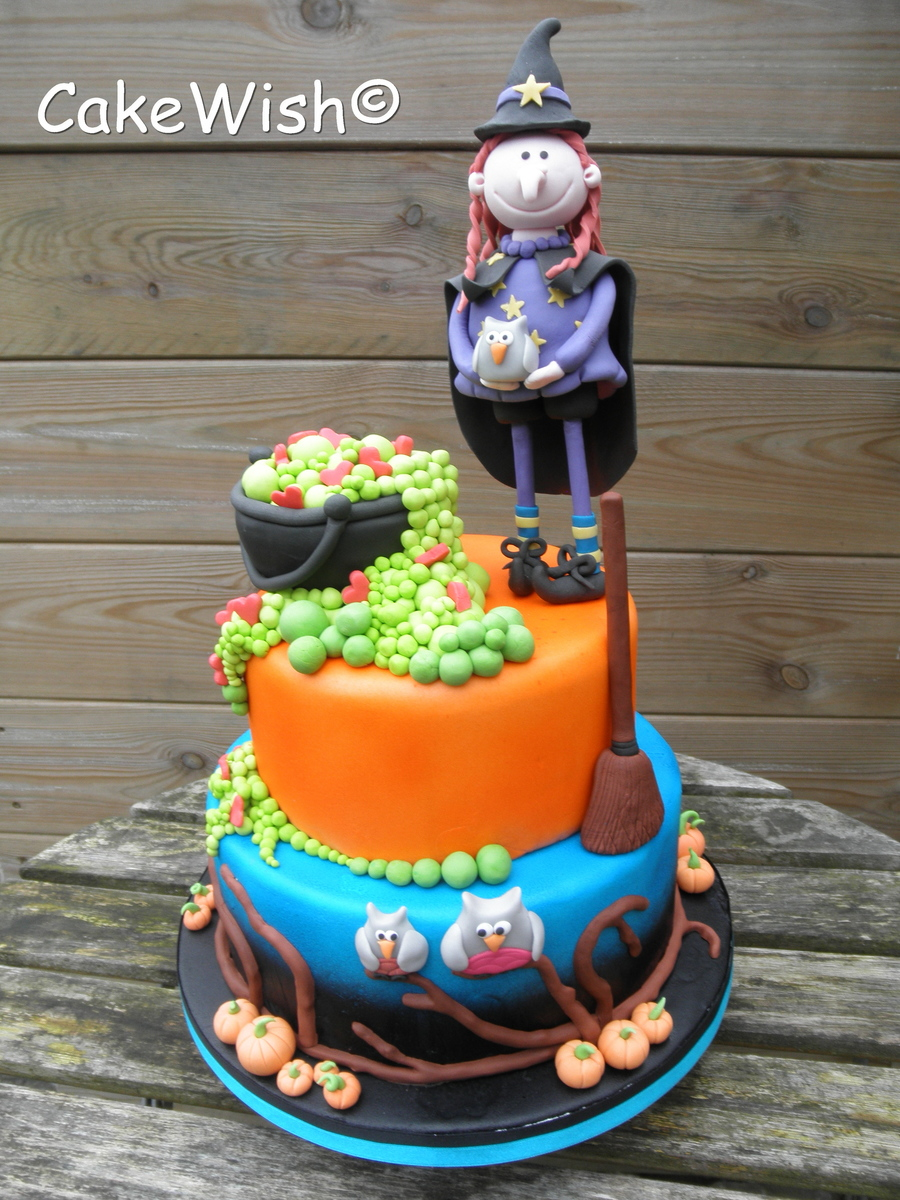 Cake With A Witch on Cake Central