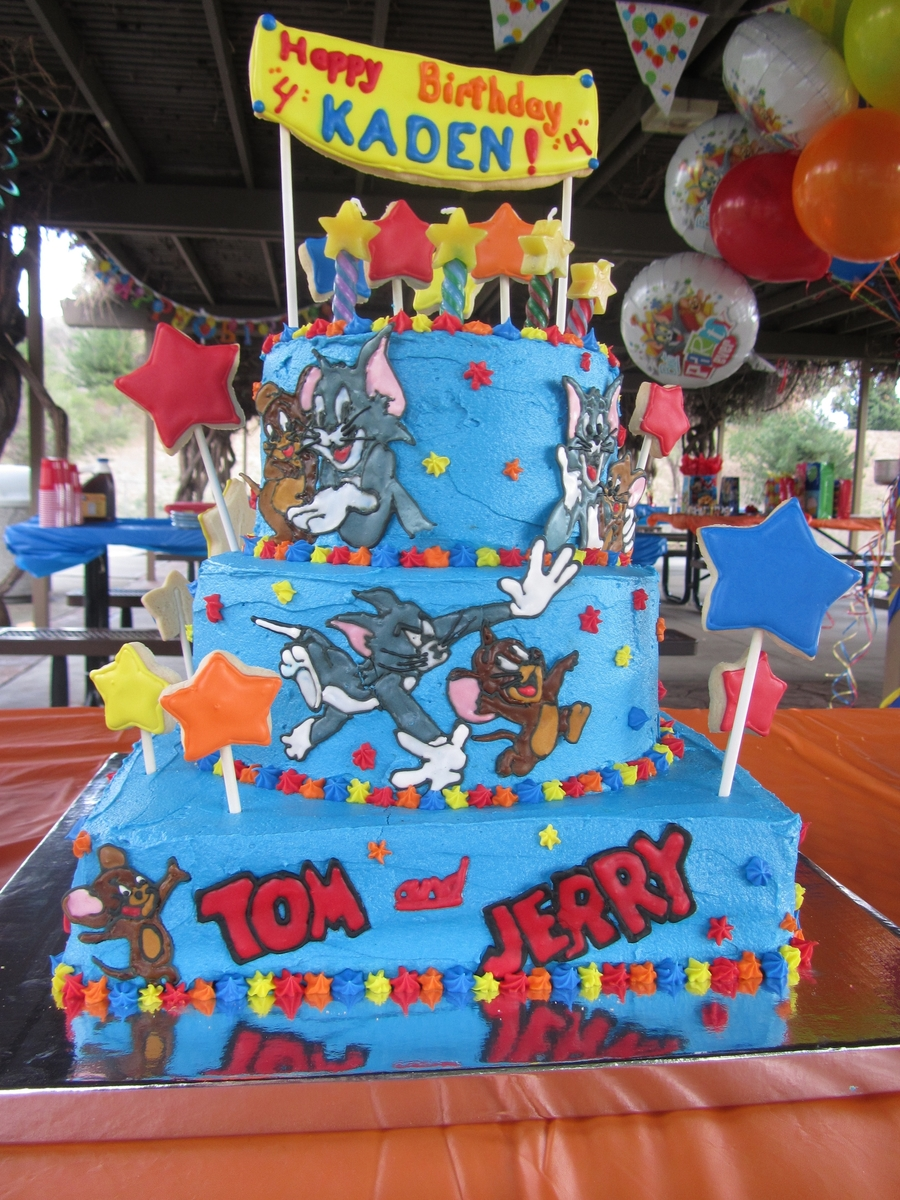 Tom And Jerry Cake CakeCentralcom