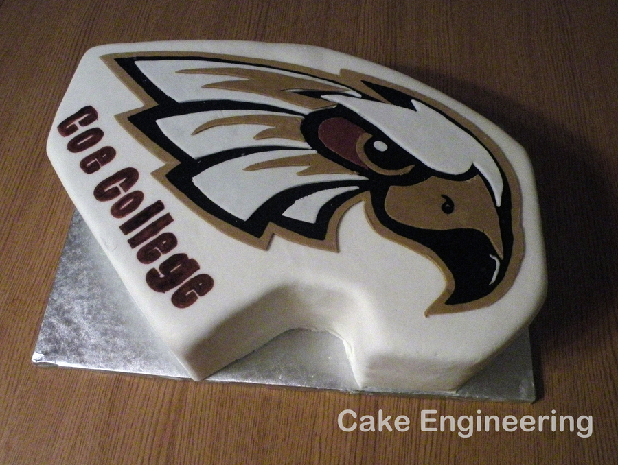 Coe College Cake on Cake Central