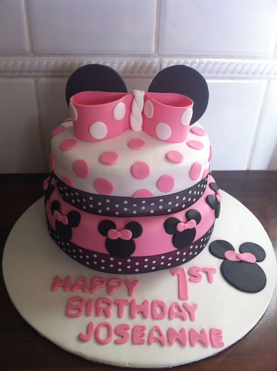 Minnie Mouse Two Tier Cake Cakecentral Com