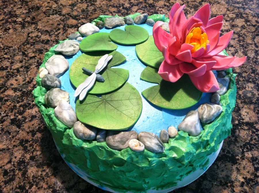 Water Lily on Cake Central