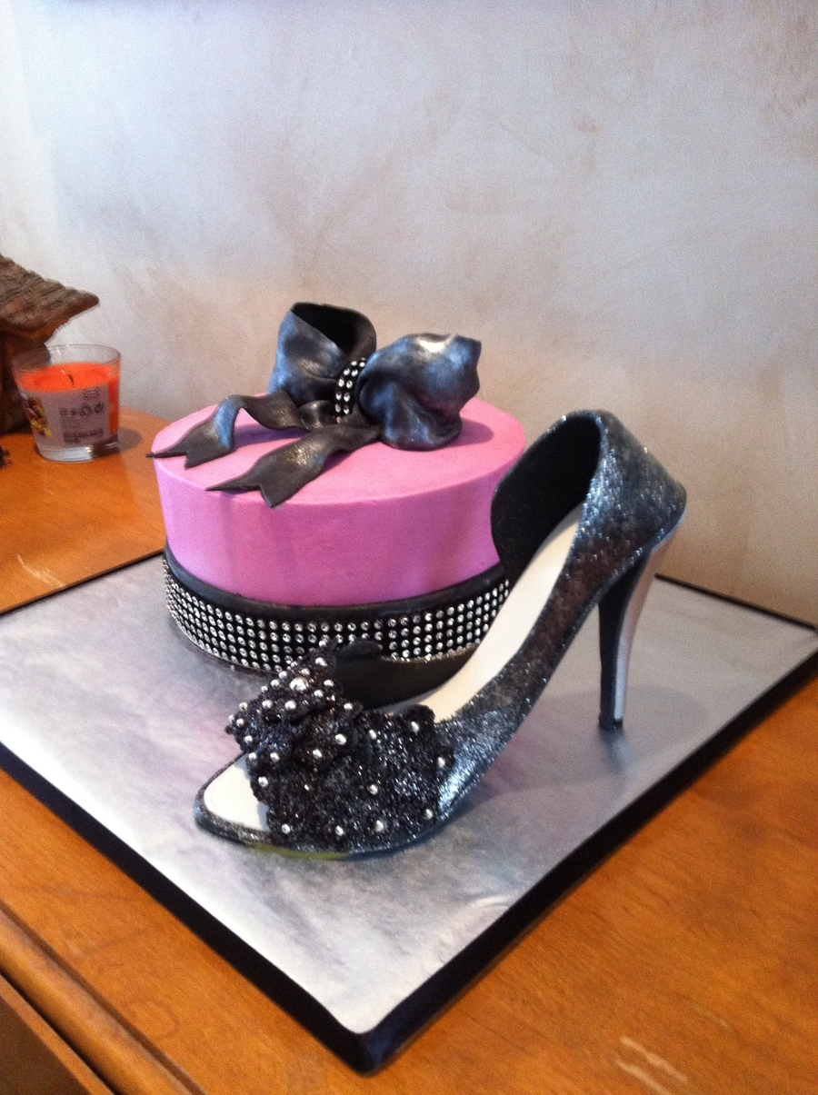 Cake Decorations Silver Shoes : Silver Black Shoe With Hot Pink Bling Cake - CakeCentral.com