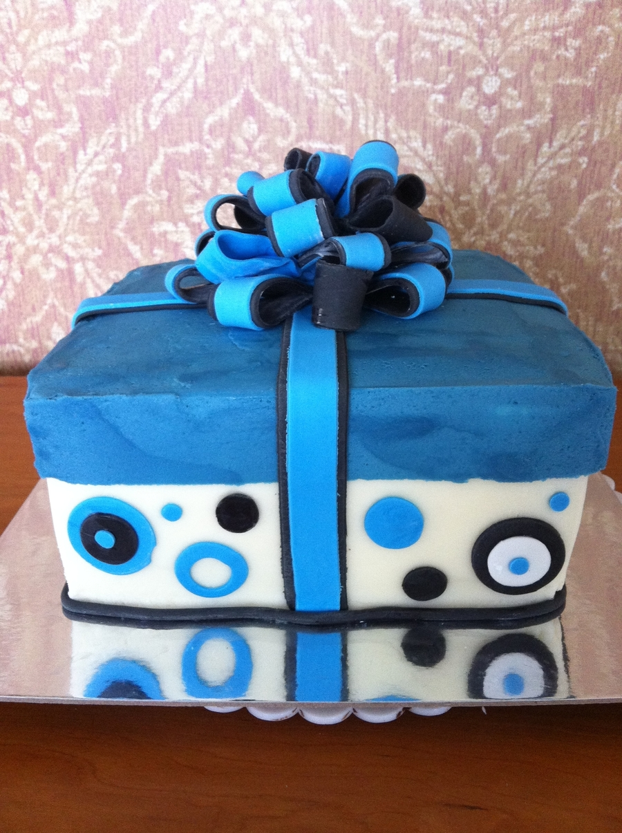 Manly Gift Box Birthday Cake CakeCentralcom