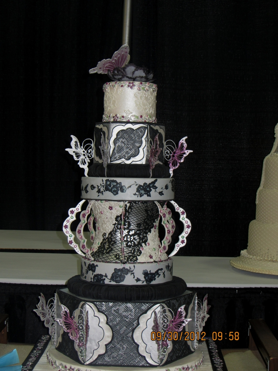 Black And White February on Cake Central