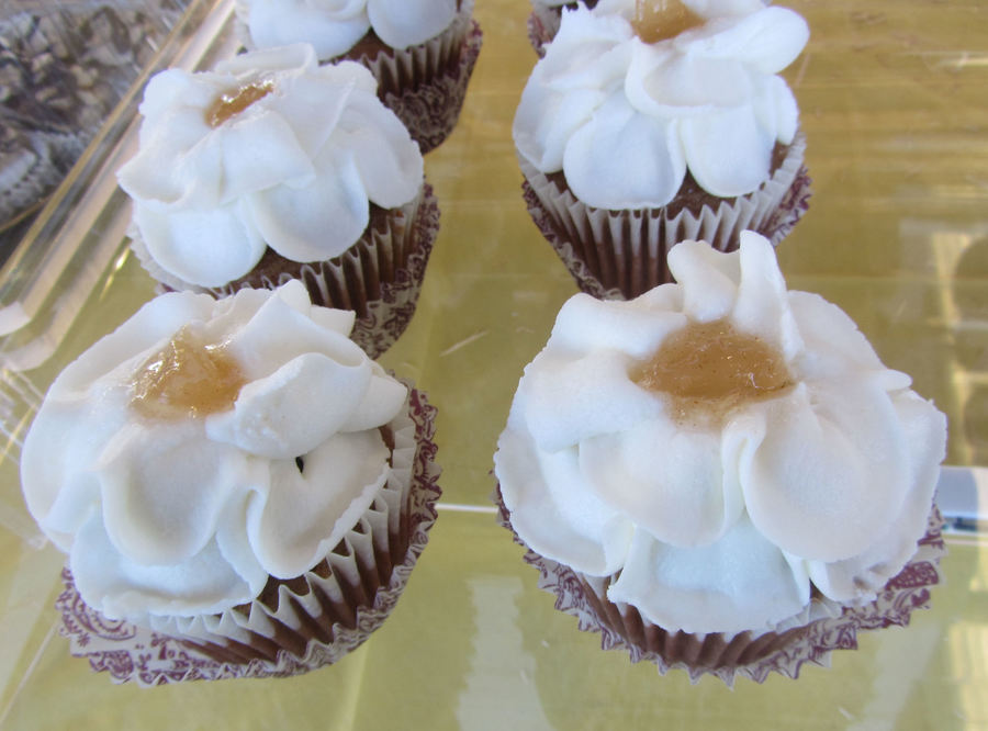 Spice Cupcakes With Apple Glaze on Cake Central