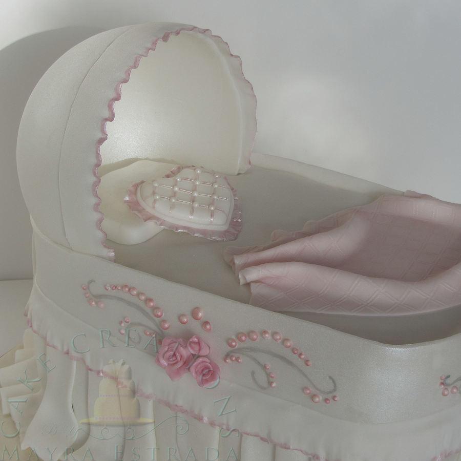 Baby Shower Bassinet Cake Cakecentral Com