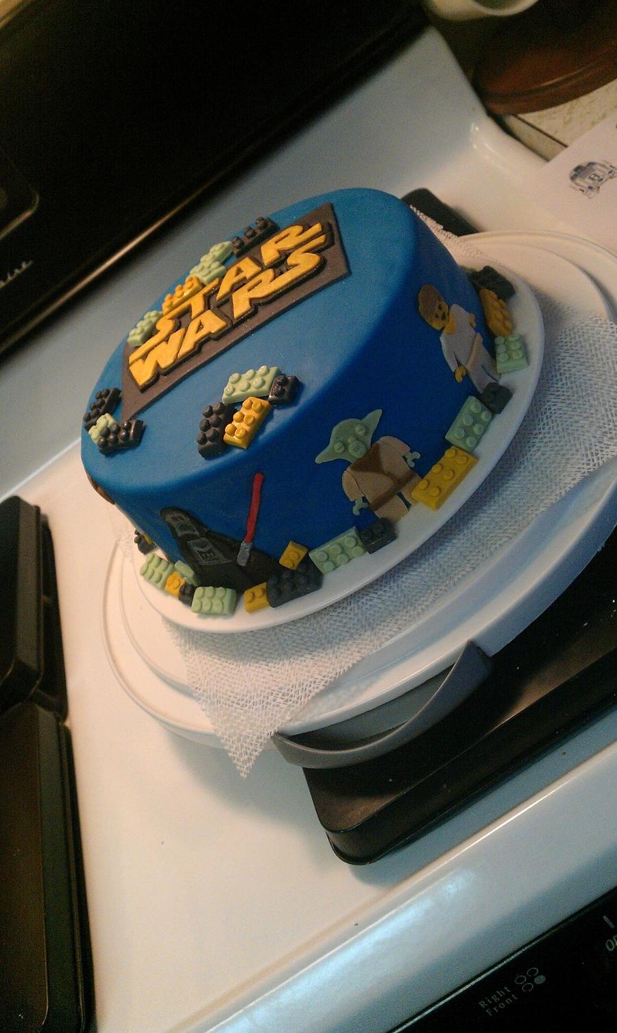 Images Of Star Wars Cake : Lego Star Wars Cake - CakeCentral.com