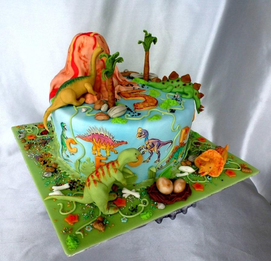 Dinosaur Train Fondant Cake